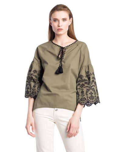 Батистовая блузка хаки с вышивкой SOFT Olive
