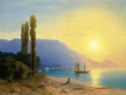Восход солнца у берегов Ялты