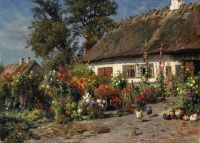Дом в саду с курицами