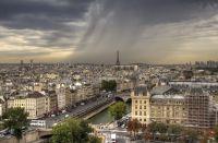 Вид на Париж с Нотр-Дам де Пари