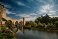 Романский мост через реку, Бесалу