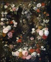 Бюст Девы Марии в гирлянде цветов
