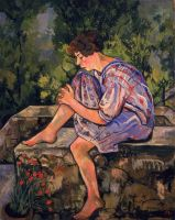 Сидящая молодая женщина