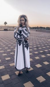 Designers Вишита сукня чорним по білому