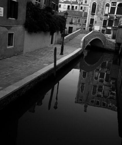 Канал у Венеції