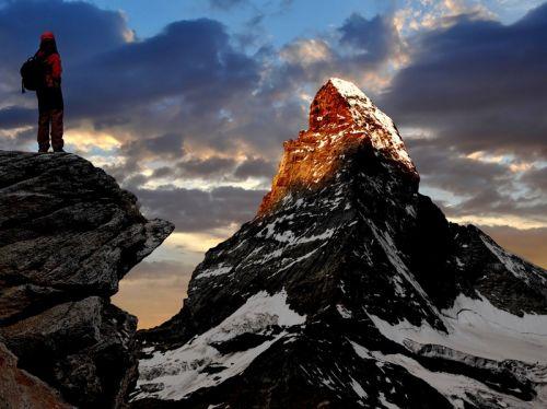 Гора Маттерхорн в швейцарских альпах