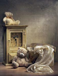 Натюрморт со старыми часами