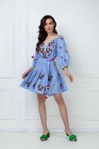 """Вишиті плаття """"Омелiя Шик"""" блакитна мiнi-сукня"""
