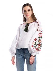 Женские вышиванки Белая женская вышиванка East Bird
