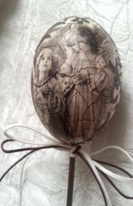 """Пасхальное яйцо в винтажном стиле """"Ангелы"""""""
