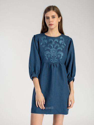 Льняное платье с вышивкой Moon Light