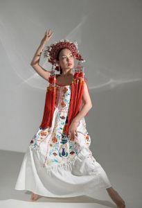 Жіночі вишиванки Вишита сукня Турія