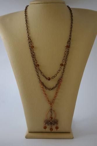Ожерелье из цепочек и стеклянных бусин