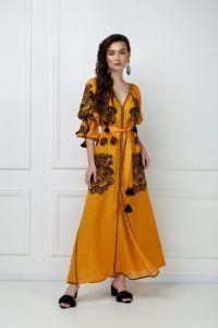 Платье вышиванка ручной работы «Виктори» горчичное платье-макси
