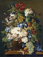 Натюрморт с цветами и виноградом на каменном выступе