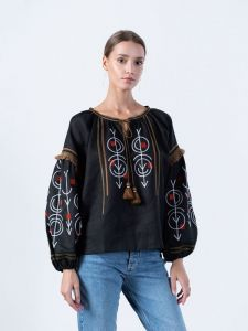 Вишиті жіночі сорочки ручної роботи Льняна вишиванка чорного кольору GEO