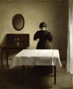 Хаммерсхей Вильгельм Интерьер с женщиной, стоящей спиной