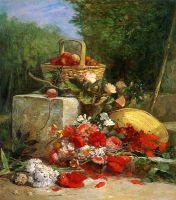 Цветы и фрукты в саду