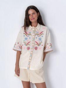 Вышиванки ручной работы Льняная блузка с аппликацией Zagadka