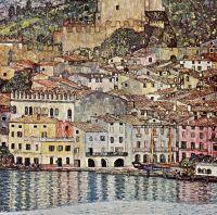 Город на озере Гарда