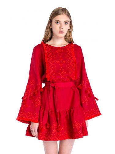 Льняное платье с вышивкой Red Mary