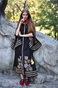 "Чорна сукня з вишивкою Сукня вишита ""Княжна"" чорна"