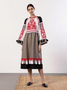 Жіночі вишиванки ручної роботи  Лляна сукня з аплікацією на грудях Icon Red
