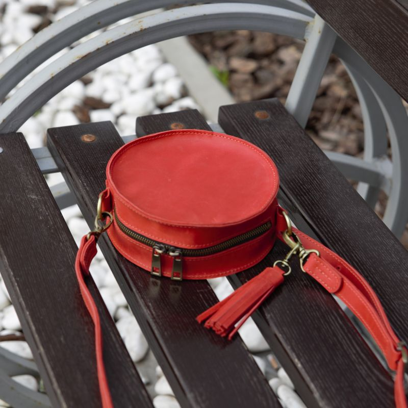 Круглая красная сумка из кожи Красный натуральная 100% кожа Омельчук Марина - фото 3