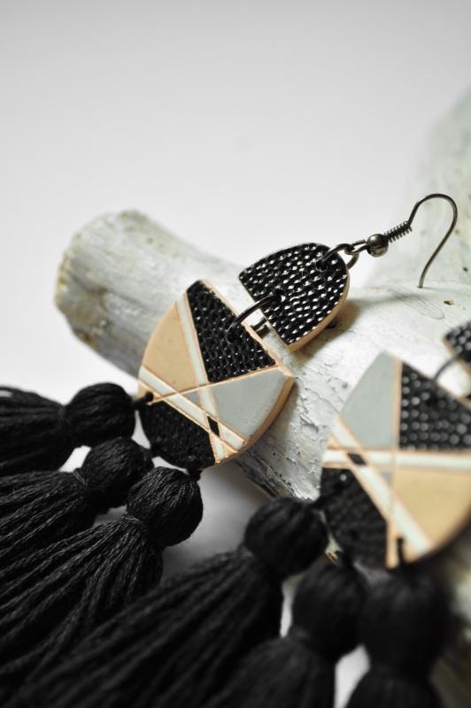 Монохромные Черный керамика, металл, нитки Амброзяк Надежда - фото 3
