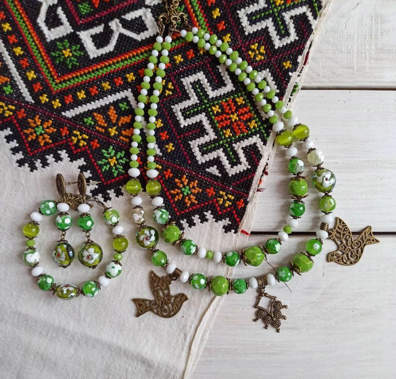 """Комплект из ожерелья, браслета и сережек """"Весне дорогу"""" Зеленый Агат, керамика, стекло, м Бжезинская Ирина - фото 4"""