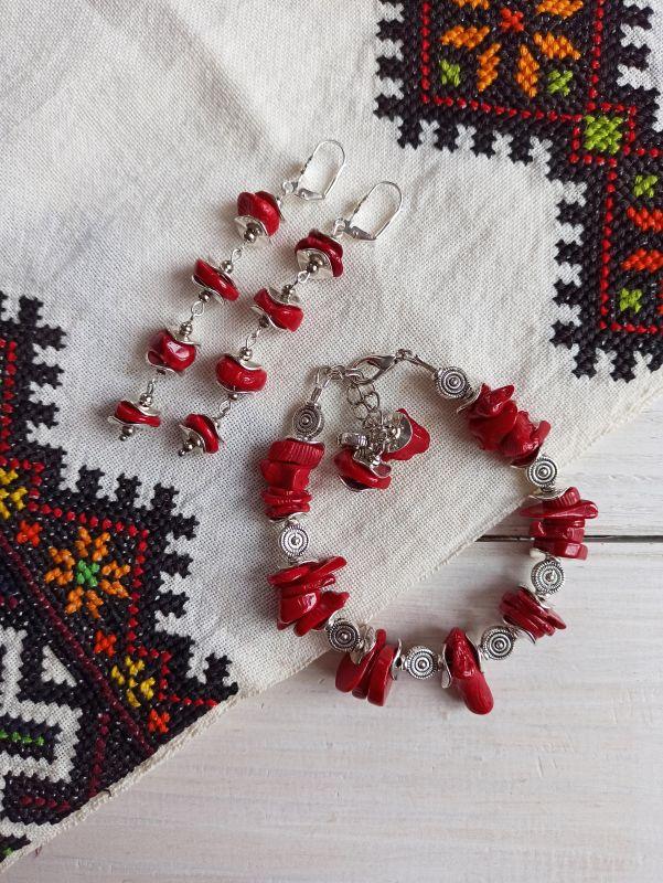 Комплект из браслета и сережек - натуральный коралл Красный Коралл, металлическая фур Бжезинская Ирина - фото 3