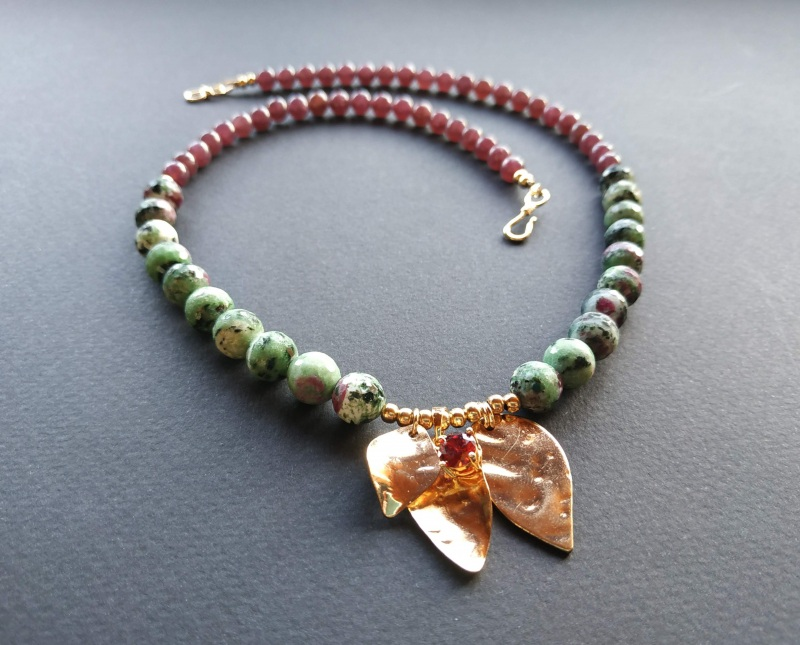 Ожерелье из коллекции «Forêt de féerie» Арт. N1819FDF Зеленый Аниолит (рубин в цоизите) Богомолова Светлана - фото 5