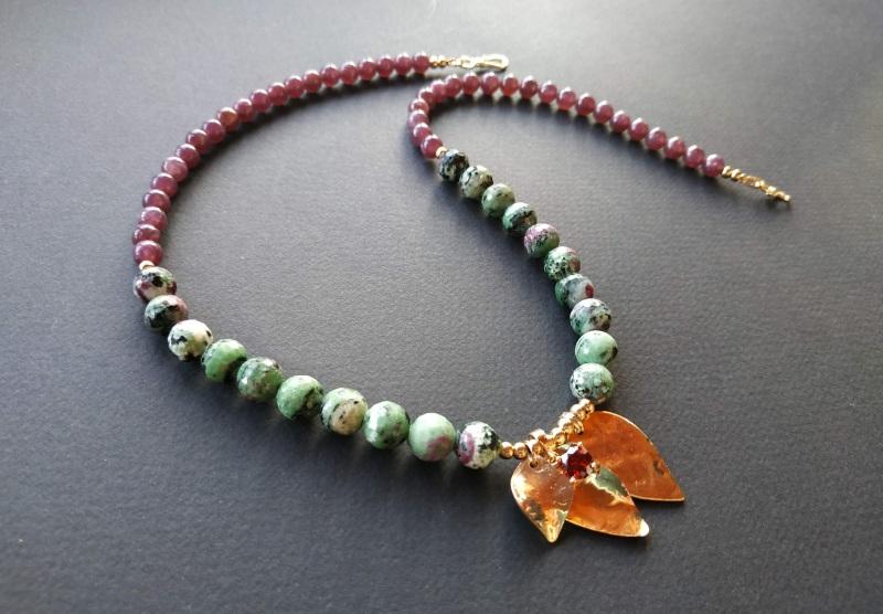 Ожерелье из коллекции «Forêt de féerie» Арт. N1819FDF Зеленый Аниолит (рубин в цоизите) Богомолова Светлана - фото 4