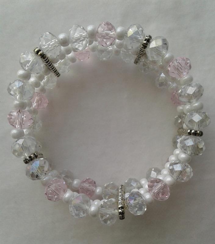 Цвет вишни Белый Стеклянные бусины розовые Брень Наталья - фото 2