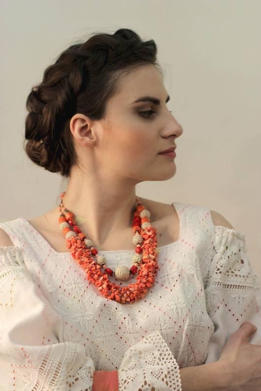 """Маков цвет Красный Коралл, вязаные бусины """"Ольгин дар"""" - фото 1"""