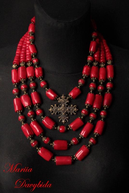 Коломыя Красный Ожерелье изготовлено из к Давибида Мария - фото 1