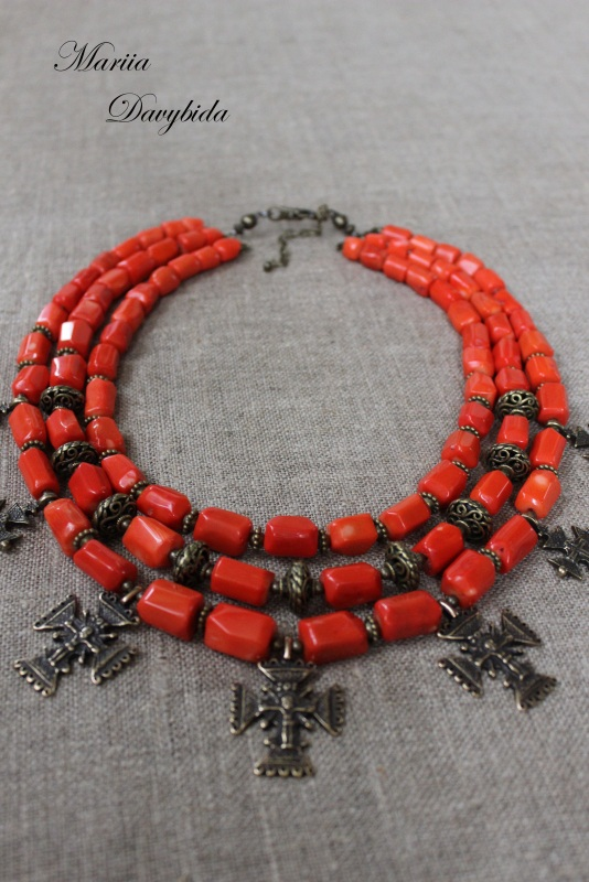 Шипшина Красный Ожерелье изготовлено из к Давибида Мария - фото 1