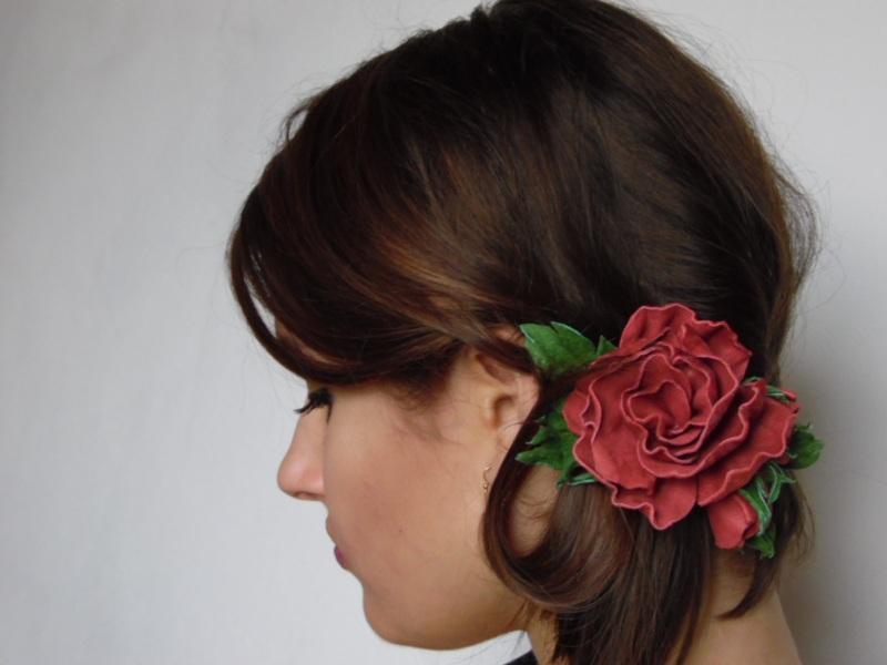 Заколка-красавица Красный кожа Добровольская Каринэ - фото 1