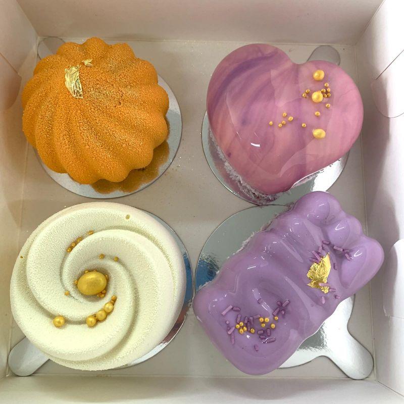 Подарунковий набір десертів  мусові десерти, макаронс, Кондитерська Мілян - фото 4