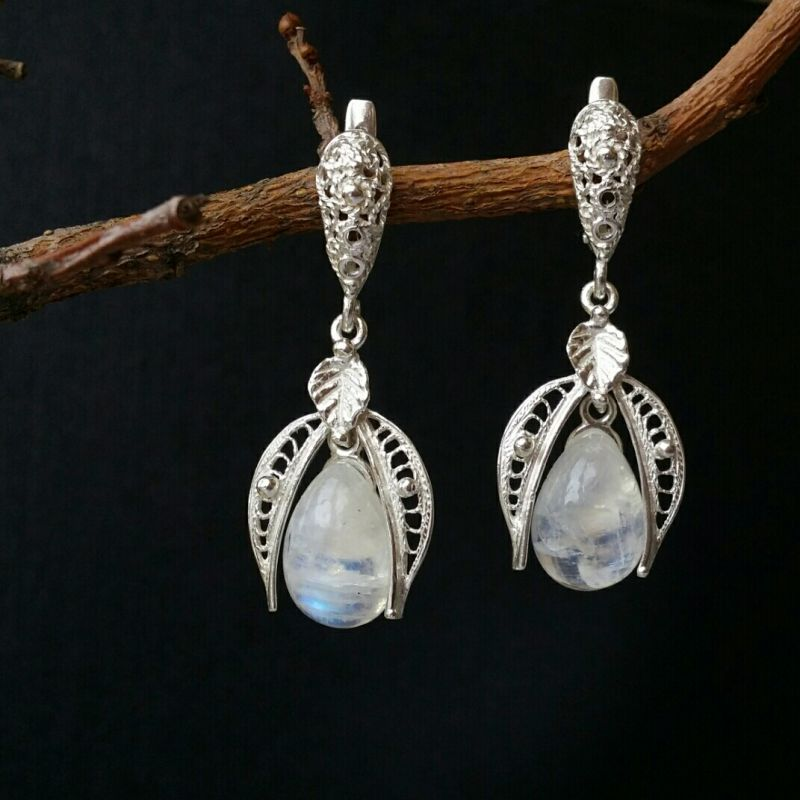 Серьги Лунный месяц Белый лунный камень, серебро 92 Для Счастья - фото 1