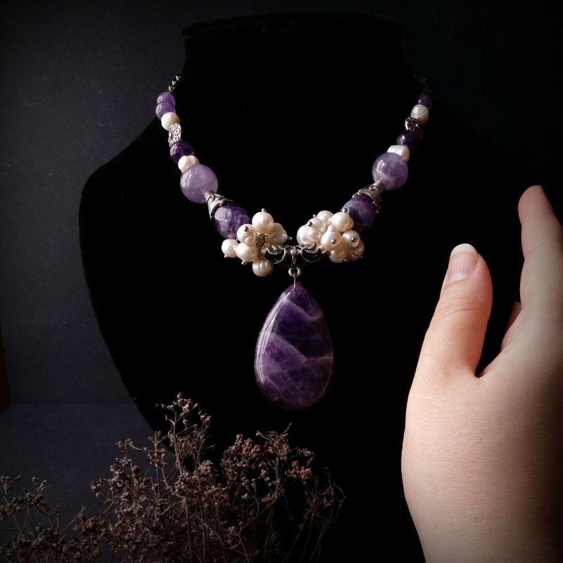 Колье из аметиста и жемчуга Фиолетовый аметист, жемчуг, фурнитур Для Счастья - фото 4