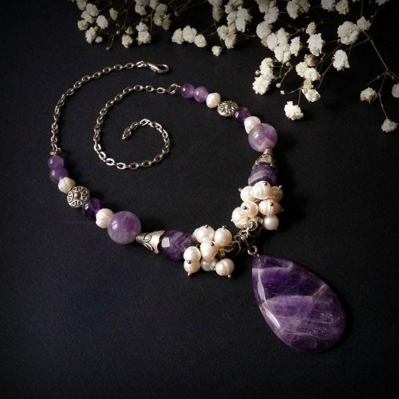 Колье из аметиста и жемчуга Фиолетовый аметист, жемчуг, фурнитур Для Счастья - фото 1