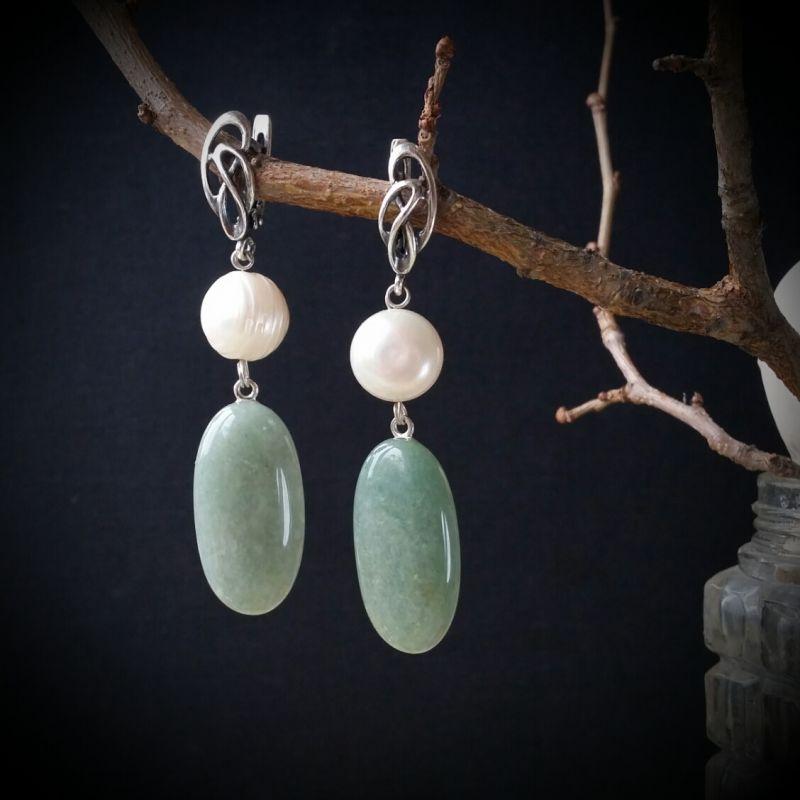 Зелено белые серьги с серебром Белый авантюрин, жемчуг, серебр Для Счастья - фото 1