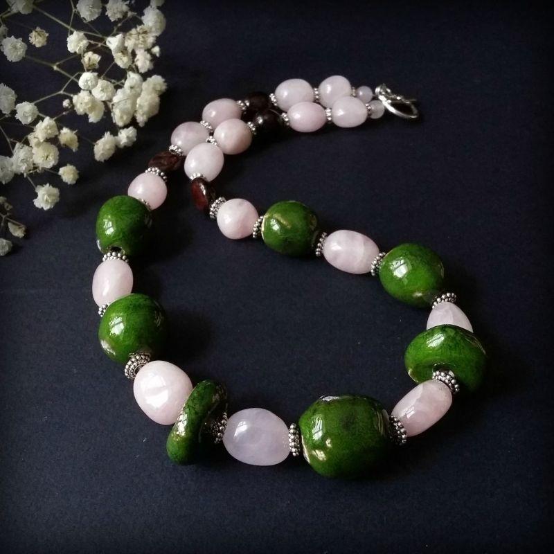 Весенние бусы с керамикой и натуральными камнями Разноцветный авторская керамика ручной Для Счастья - фото 1