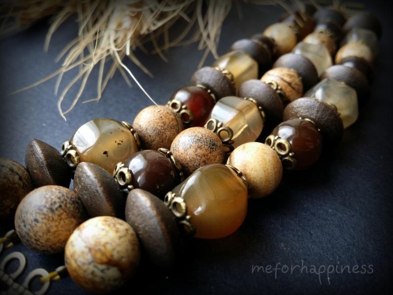 Бежевый браслет из яшмы, агата и дерева в 3 ряда Коричневый агат, яшма, дерево, фурни Для Счастья - фото 3