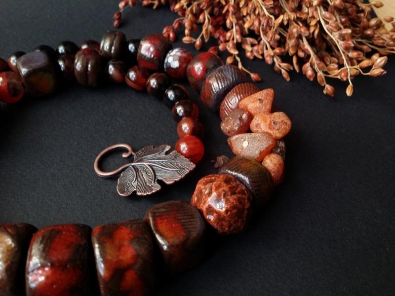 Красно коричневые бусы Огненная саламандра  авторская керамика ручной Для Счастья - фото 4