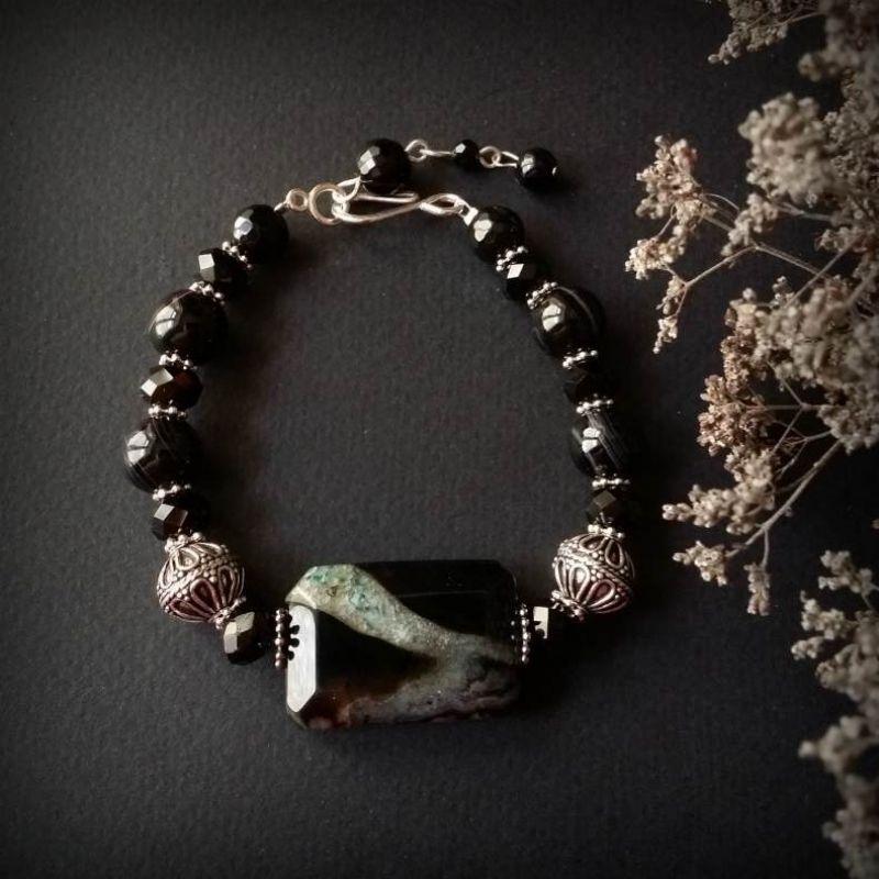 Чорний браслет зі сріблом з агату Чорний агат, чеське скло, срібло Для Щастя - фото 1