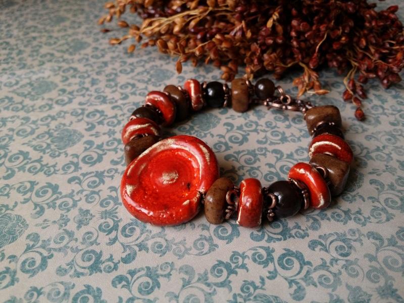Красно - коричневый браслет из керамики Красный керамика ручной работы, а Для Счастья - фото 1