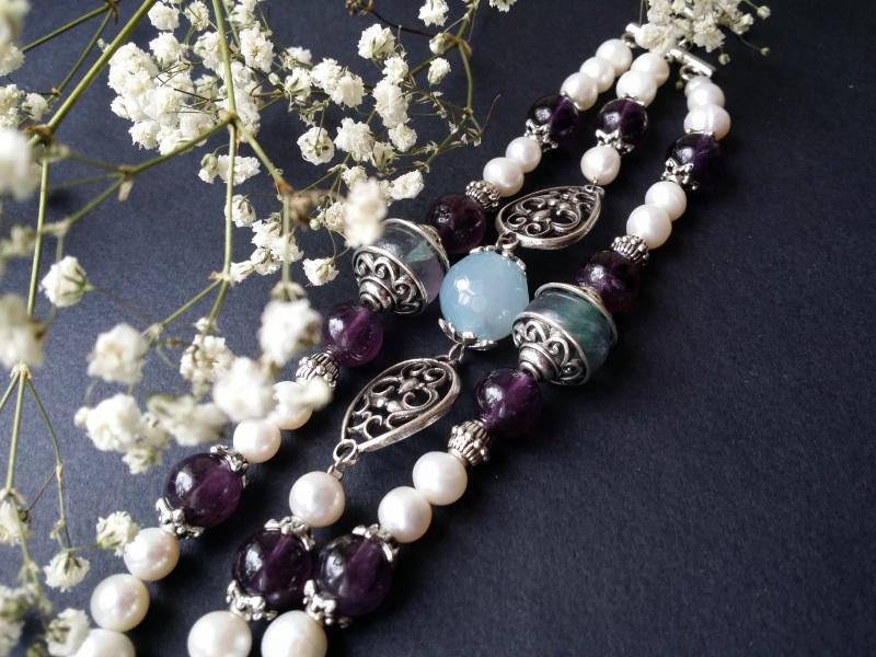Белый браслет из жемчуга, аметиста, флюорита и агата Разноцветный жемчуг, флюорит, аметист, Для Счастья - фото 3