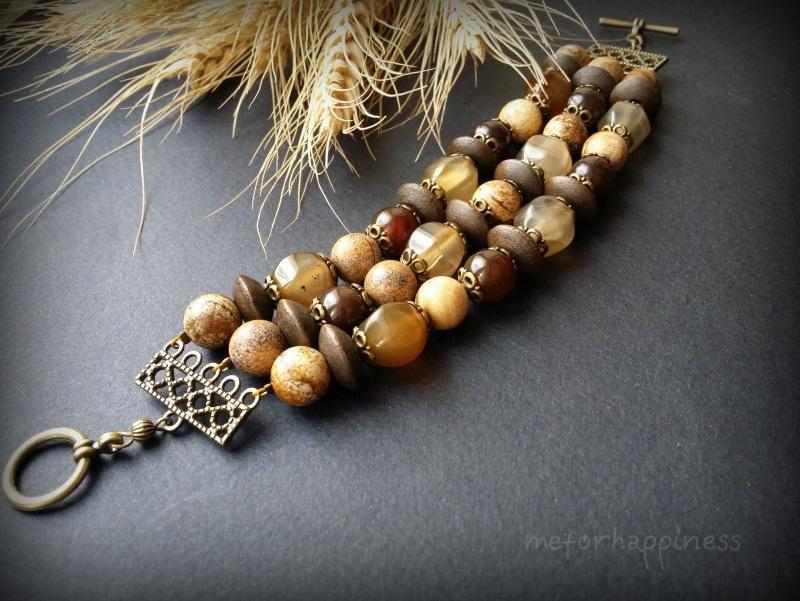 Бежевый браслет из яшмы, агата и дерева в 3 ряда Коричневый агат, яшма, дерево, фурни Для Счастья - фото 2